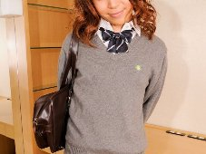 Schoolgirl Kaede