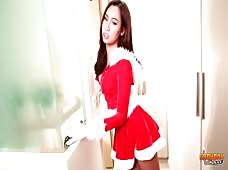 Holiday Asian Ladyboy Hanna